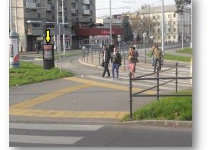 Vasútállomás-állomás-fele